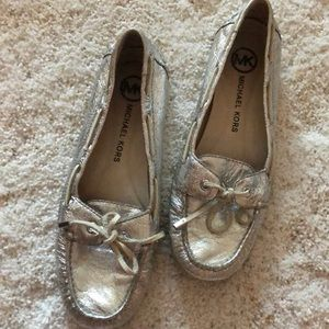 MK boat style shoes in silver leather